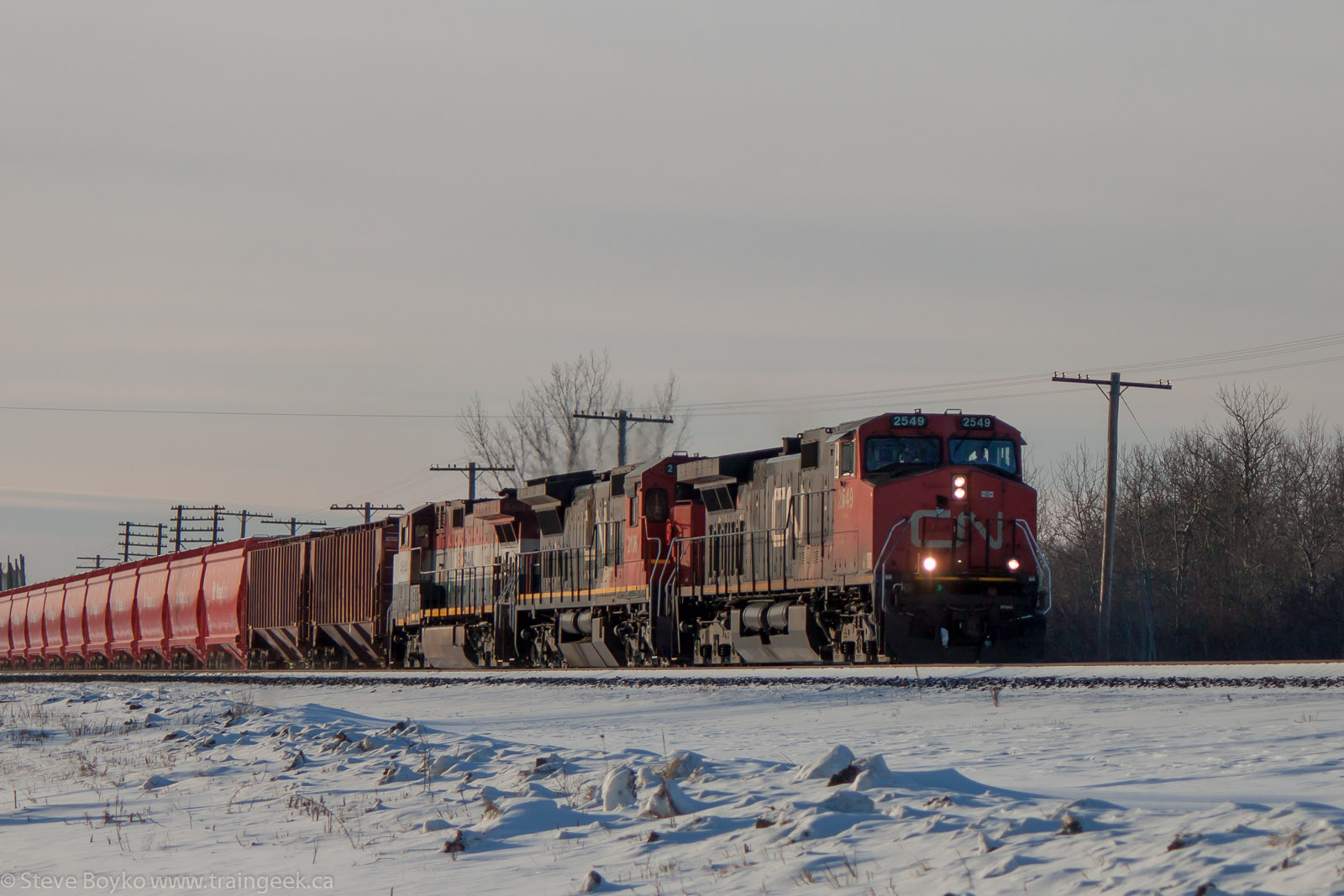 CN 2549 in Winnipeg, MB 2013/01/17